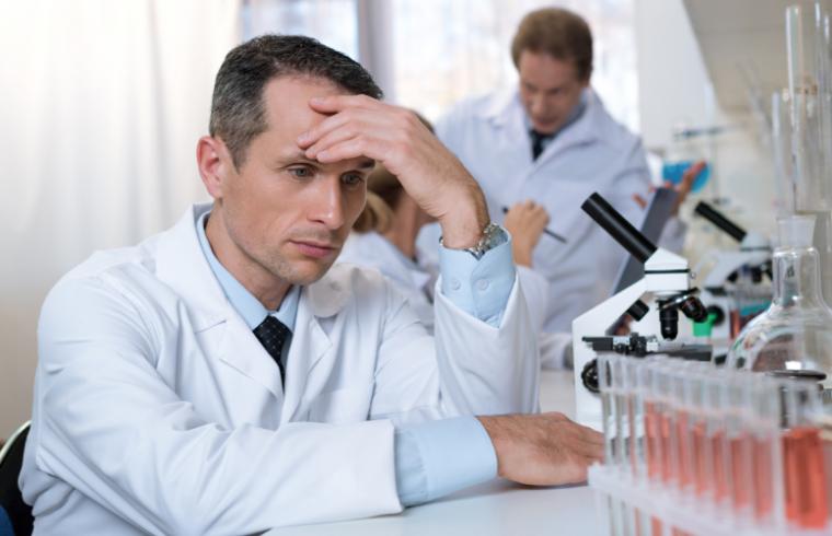 Relación entre estrés, depresión y capacidad cognitiva