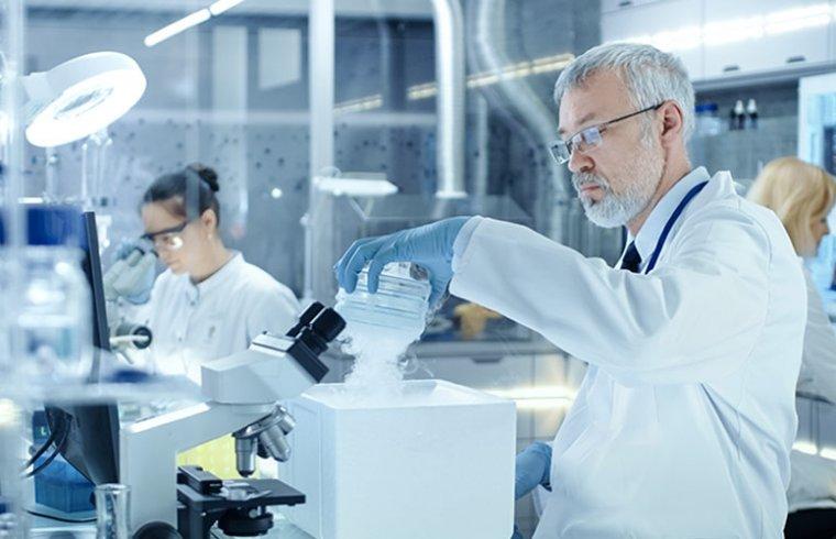 Reactivos útiles para aclarar tejidos